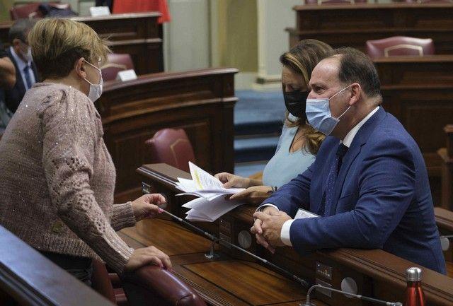 Pleno en el Parlamento de Canarias, 27/10/2021