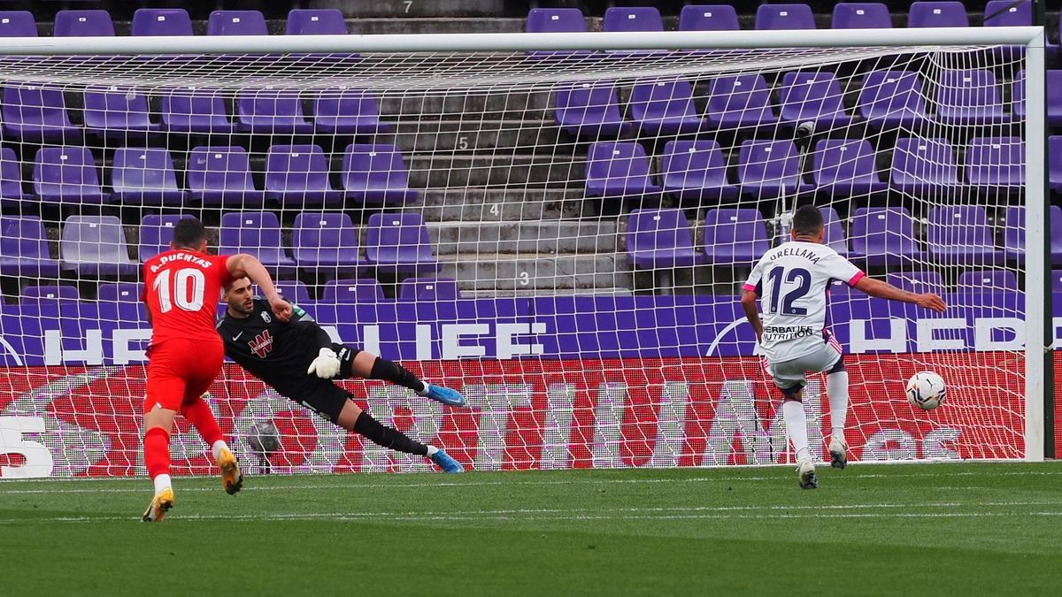 El Granada se impone al Valladolid.
