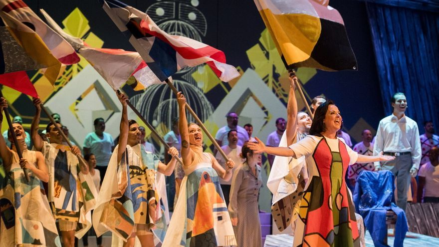 César Manrique 'revive' en el Cuyás con el musical de Clapso y Mestisay
