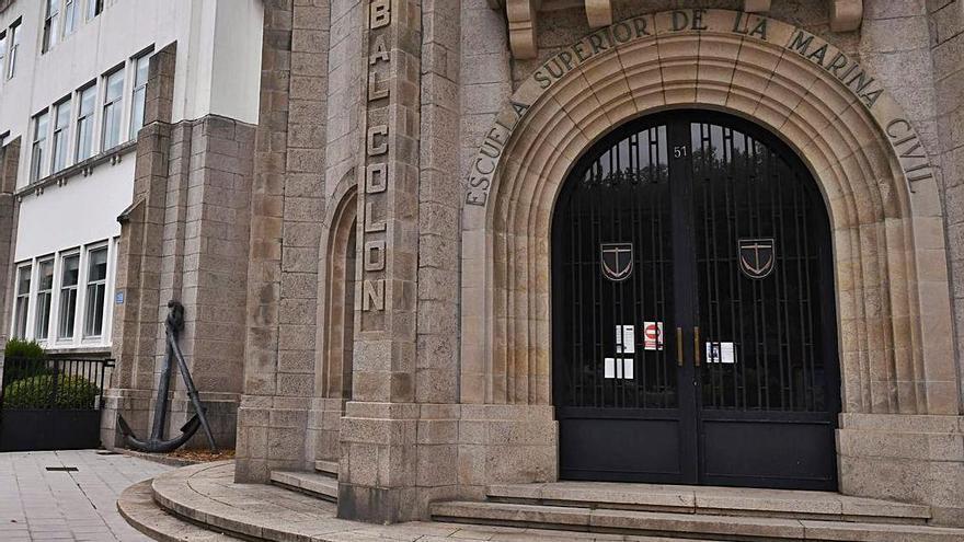 La Universidade solicitará fondos europeos para la remodelación de tres de sus centros