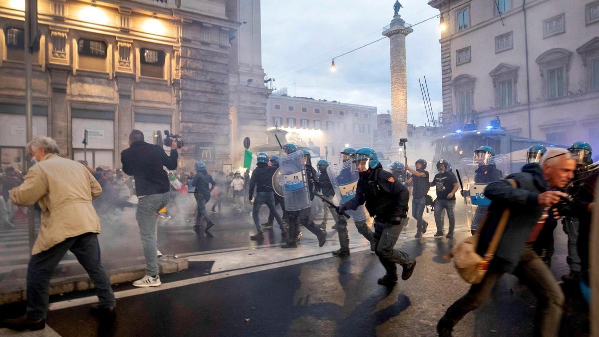 Un momento de los disturbios en Roma.