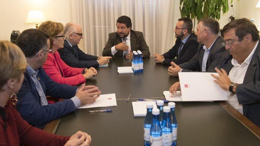 Diputación de Castellón, abogados y municipios, contra los desahucios