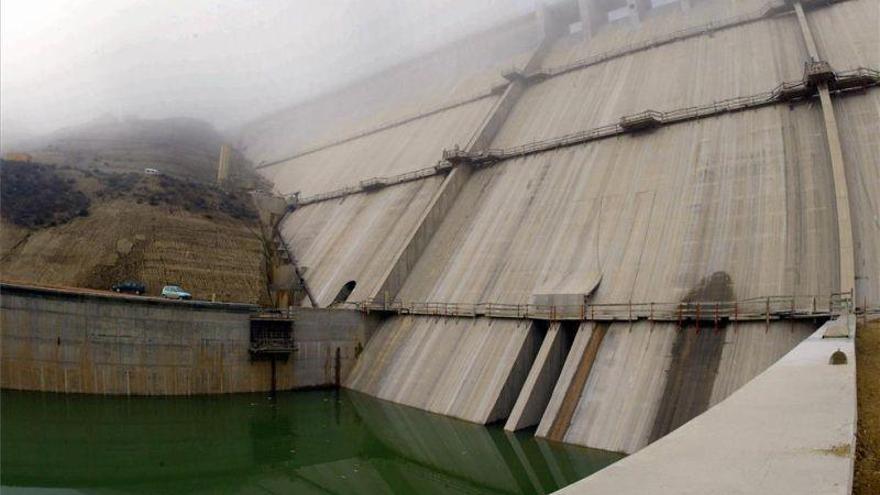 Huesca mejorará su abastecimiento de agua potable desde el embalse de Montearagón
