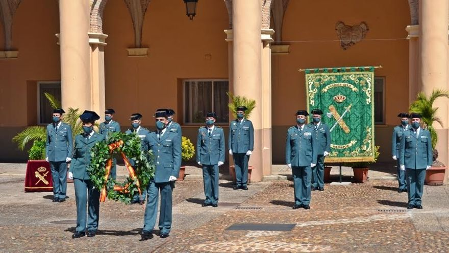 La Guardia Civil recuerda a los agentes fallecidos en el acto por su 177 aniversario