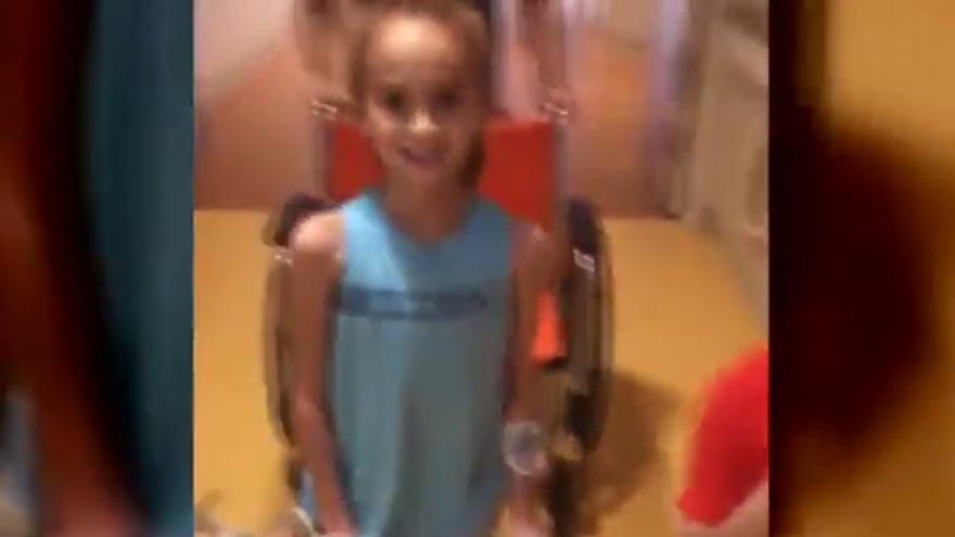 El rapero Drake visita por sorpresa a una niña hospitalizada