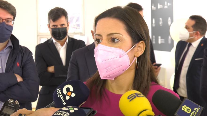 Yaiza Castilla, consejera de turismo del Gobierno de Canarias, espera llegar a un entendimiento con Madrid acerca de los tests de antígenos