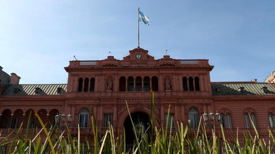 Argentina llega a un acuerdo con sus acreedores y evita la suspensión de pagos