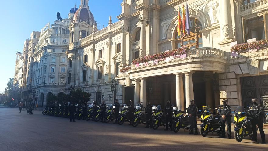 Nuevas motos para reforzar la policía de barrio de València