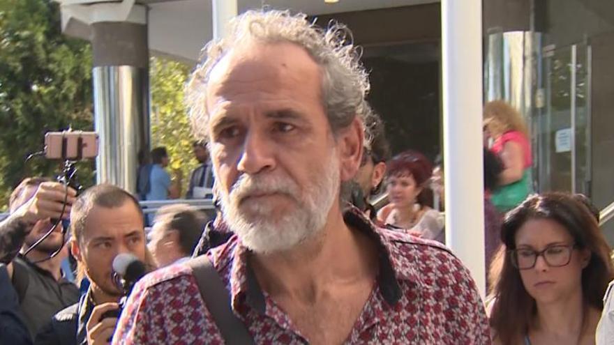 La Fiscalía pide investigar a Willy Toledo por más mensajes y el juez lo rechaza