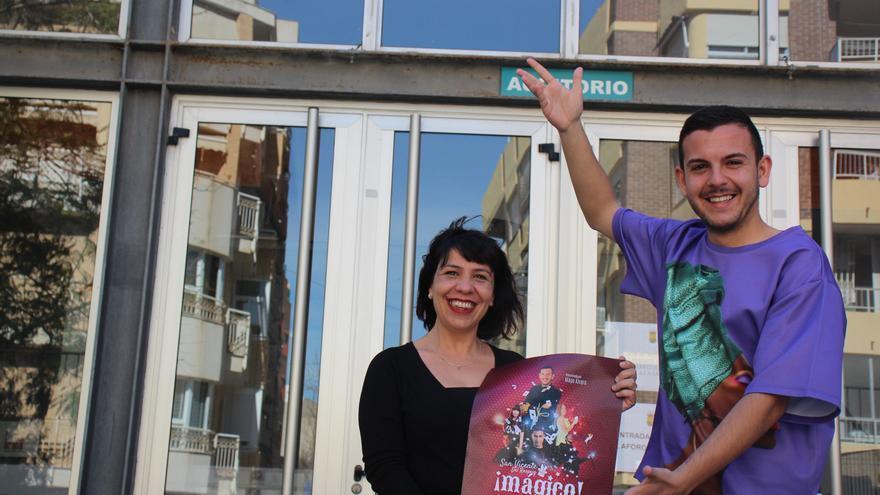 San Vicente desborda las expectativas de público en la I Gala de la Magia