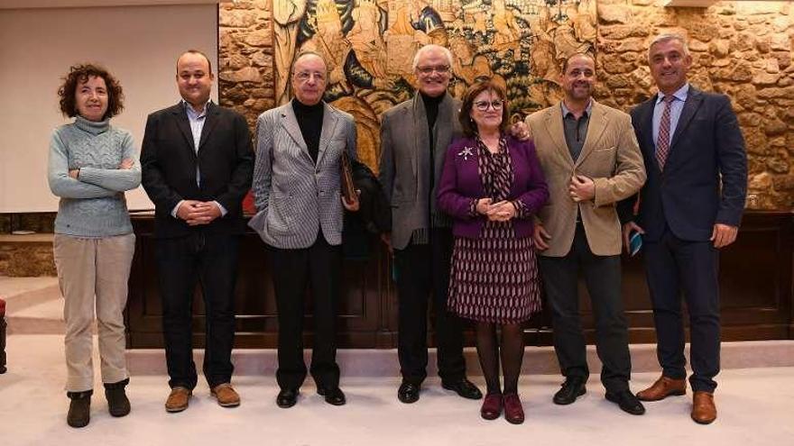 Dieciséis expertos abordan la figura de Carlos Casares en la sede de la RAG