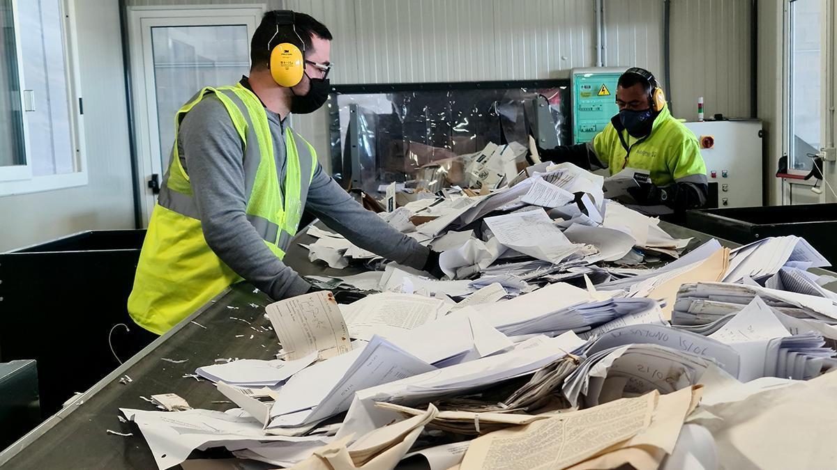 ADALMO gestiona todo tipo de residuos de origen urbano, comercial o industrial