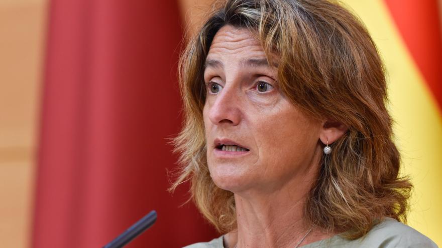 Ribera prevé aprobar  un paquete de medidas adicionales contra la subida de la luz