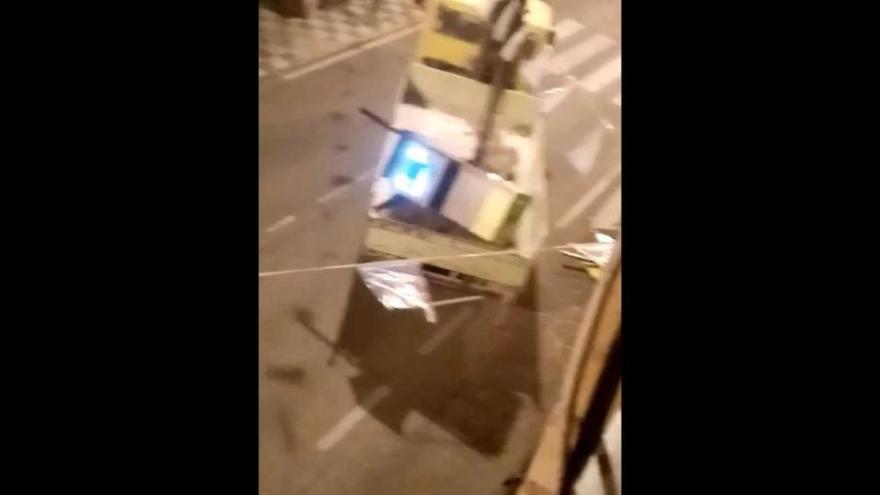 Roban de madrugada con una grúa un cajero automático en Caravaca
