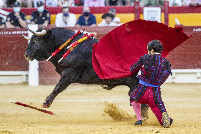 Antonio Ferrera y Morante de la Puebla firman las dos faenas más personales de la feria