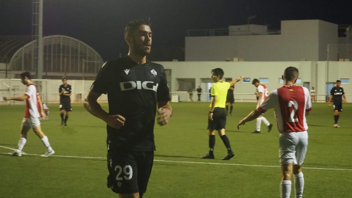 Los canteranos lucen en el estreno del nuevo Castellón (0-2) en Benigánim.