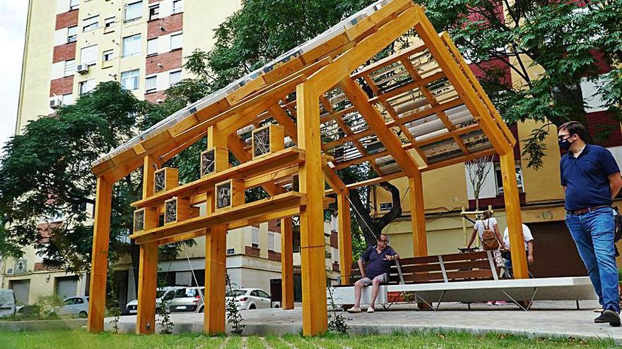 Ciutat Fallera estrena un bosquete y un nuevo acceso al parque de Benicalap