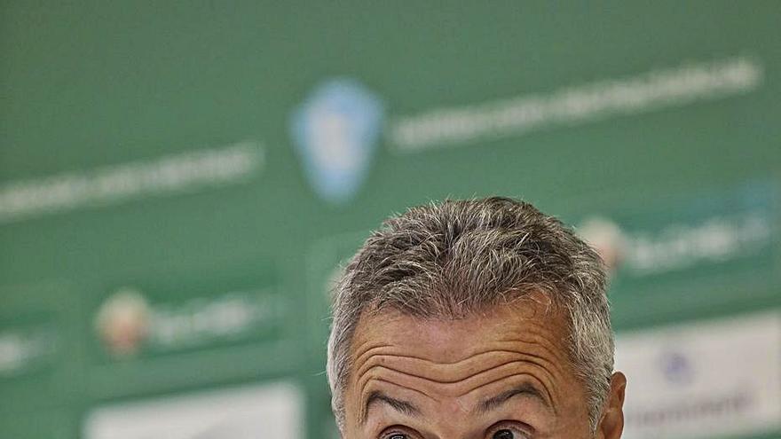 Fran Escribá: «El Espanyol tiene jugadores delante muy veloces y habilidosos»