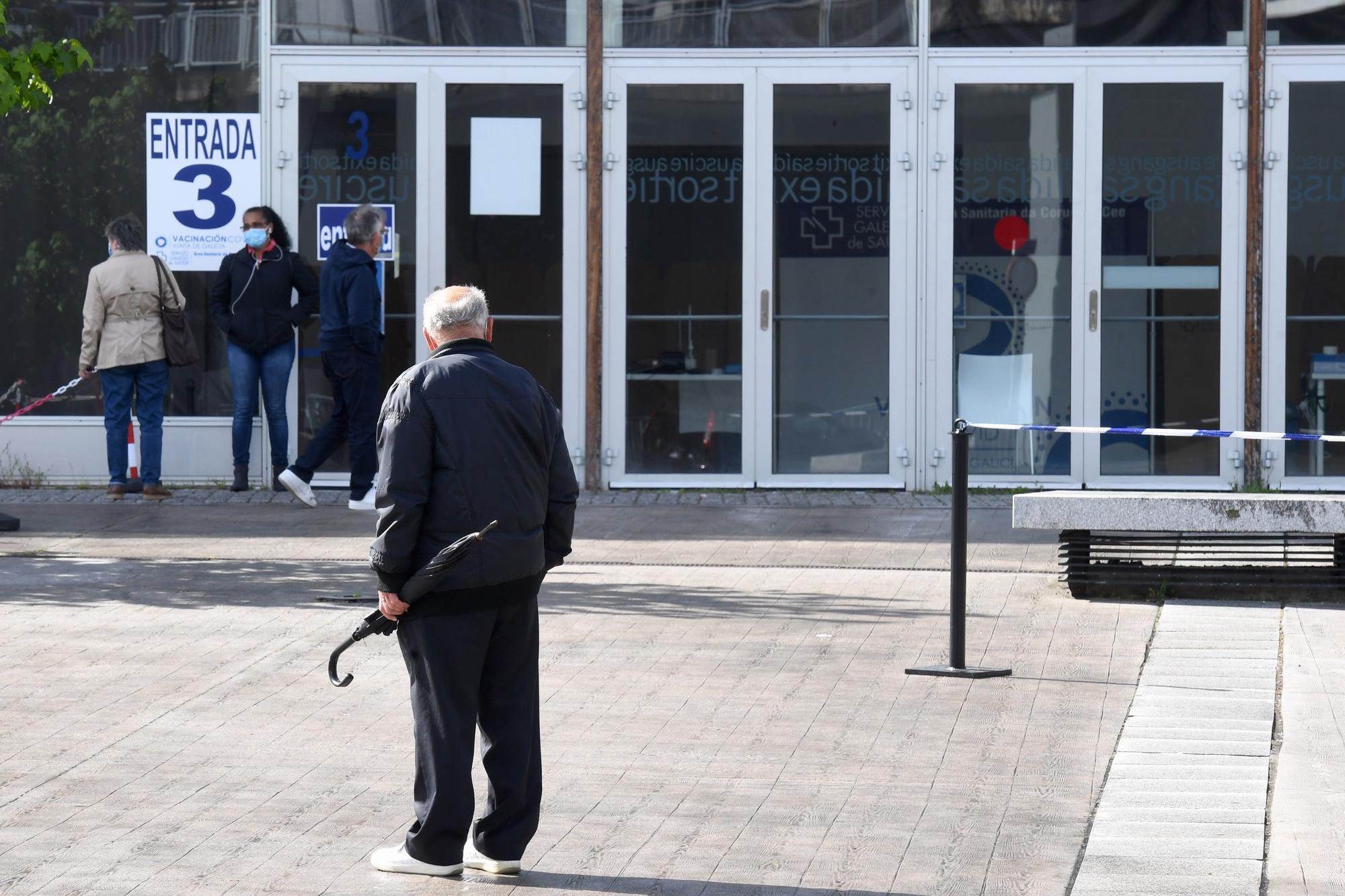 Citados en A Coruña para vacunarse regresan a sus casas sin la inyección tras agotarse las dosis