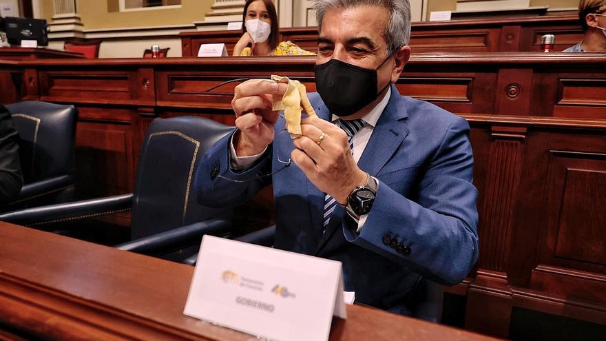 Canarias se opone al 'hachazo' fiscal  que Sánchez le ha prometido a Europa