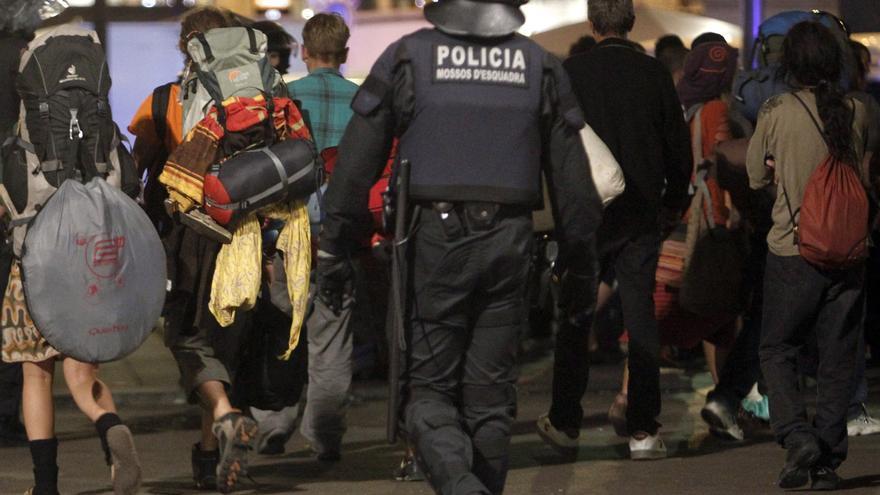 """Un juez anula la sanción al Mosso que gritó """"la república no existe, idiota"""""""