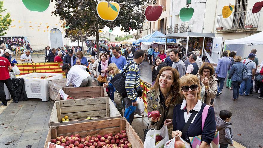 L'Armentera festeja els 25 anys de la Fira de la Poma