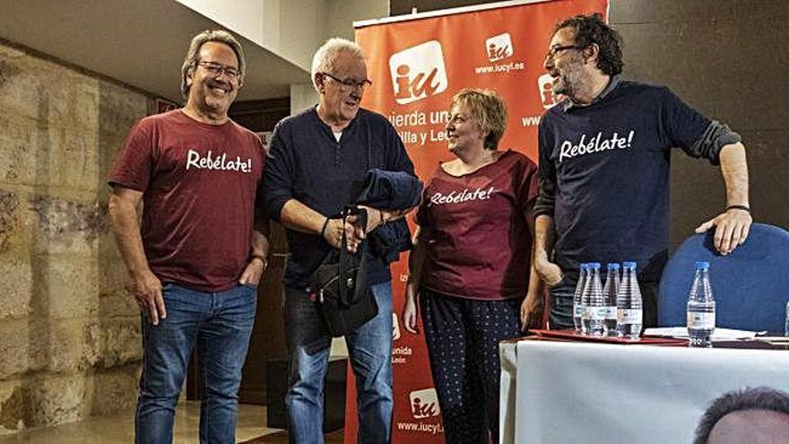 """Cayo Lara defiende la """"historia propia"""" de IU en Zamora para no confluir con Podemos"""