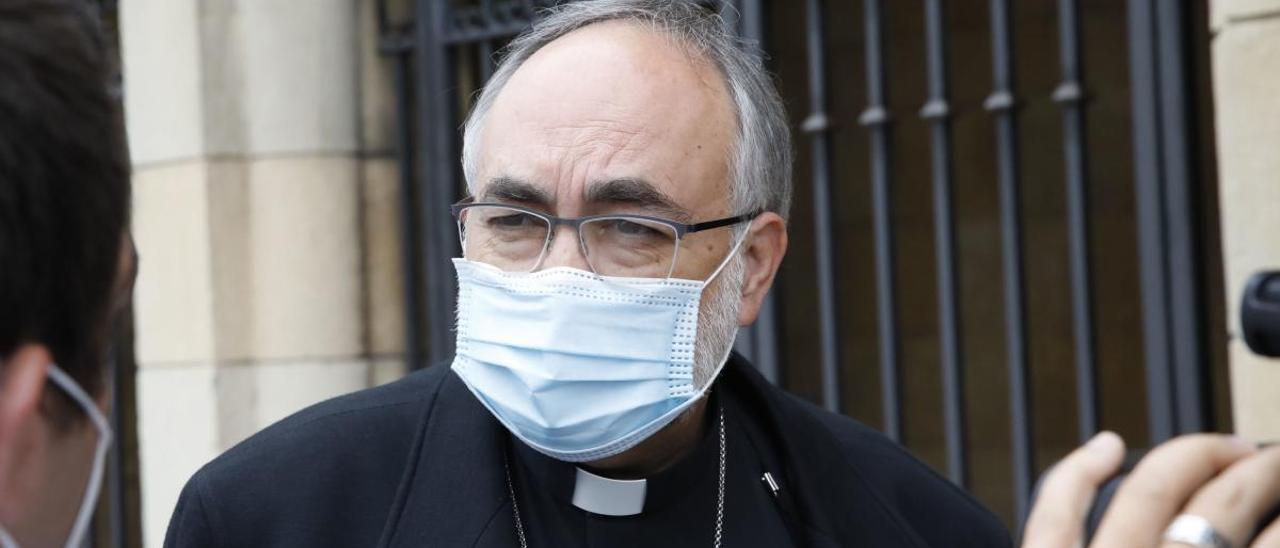 El arzobispo, Jesús Sanz Montes.