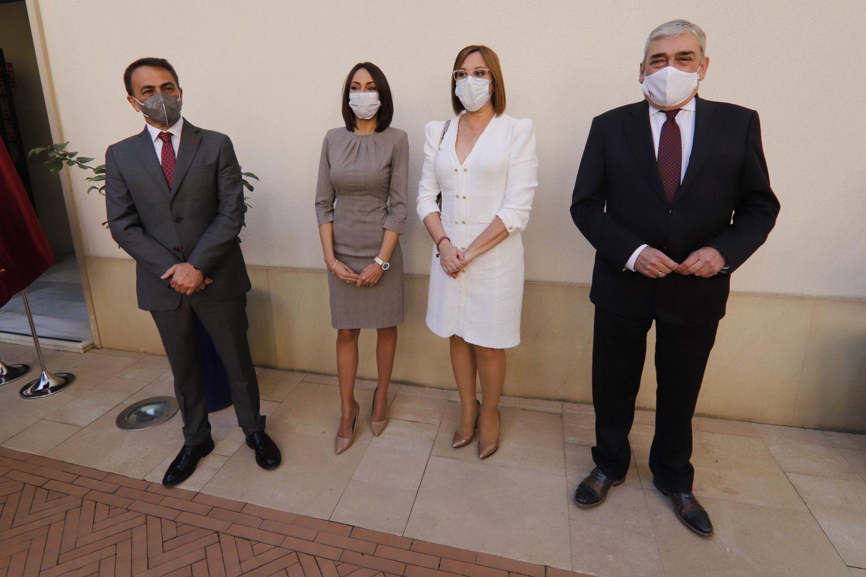 Toma de posesión de los tres diputados disidentes de Cs