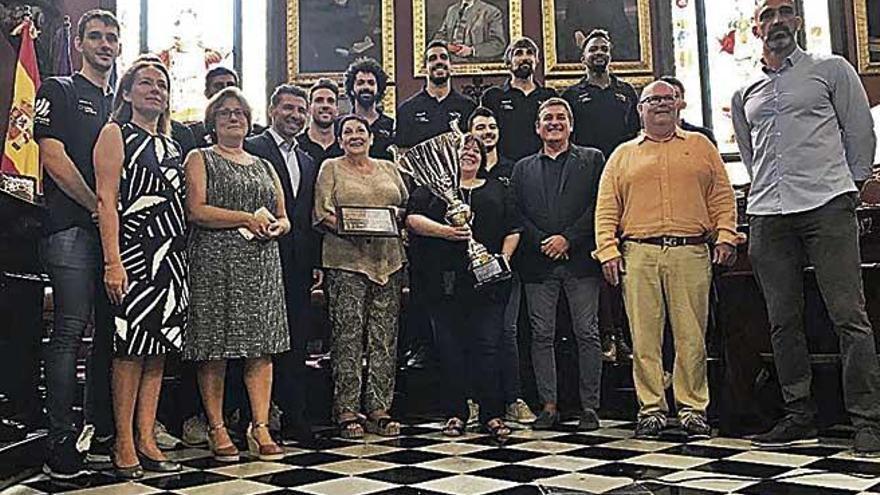 El Urbia levanta el telón en  el Trofeu Ciutat de Palma
