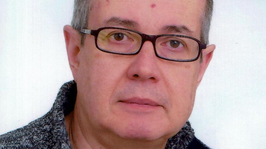 El profesor de la UV Vicente Pla, nuevo codirector del Arxiu Valencià del Disseny