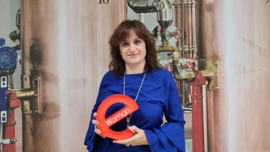 María Jesús Panizo, premio eWoman Mujer Emprendedora, galardón que comparte con su hermana Ana María.