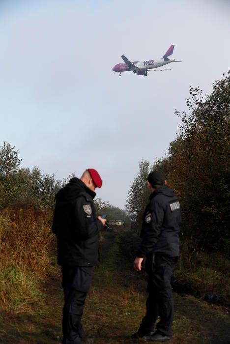 Accidente de avión en Ucrania: cinco muertos en un aterrizaje forzoso de una aeronave procedente de Vigo