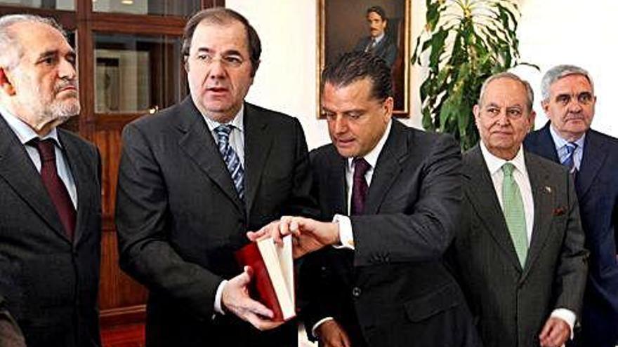 Juan Vicente Herrera, nombrado oficialmente consejero del Consejo Consultivo