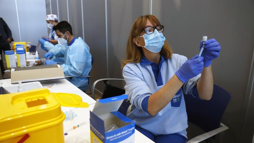 Málaga culmina en una semana la inmunización de 43.000 personas