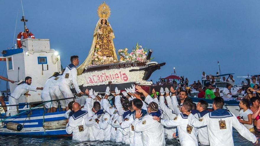 Primeros trámites para que las Fiestas del Carmen de La Carihuela sean de Interés Turístico de Andalucía