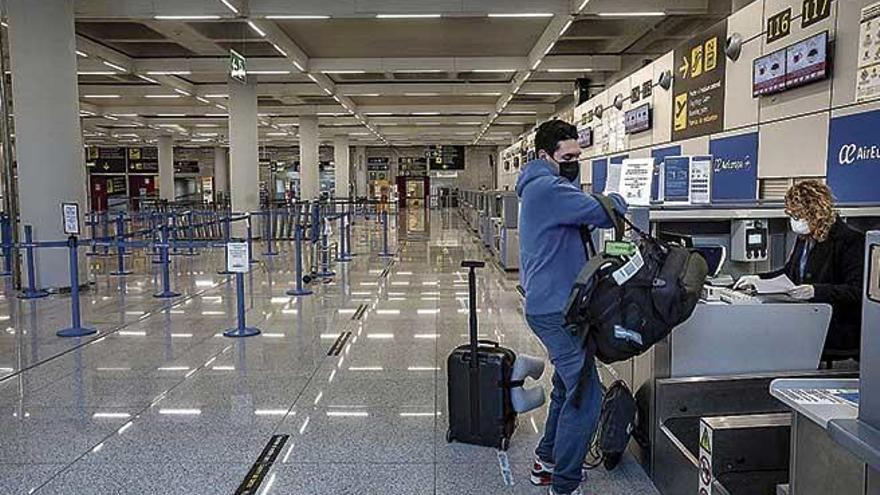 El aeropuerto de Palma se queda solo con la terminal interislas
