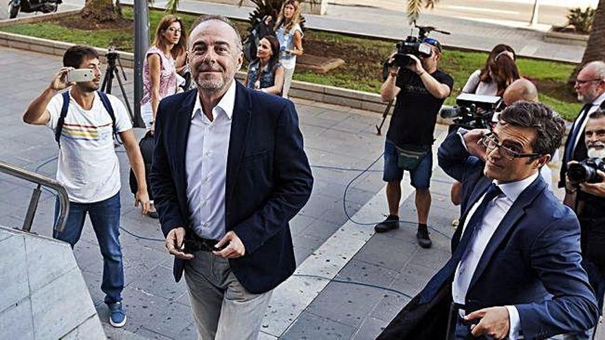 El Tribunal Supremo envía a prisión a Miguel Zerolo por corrupción