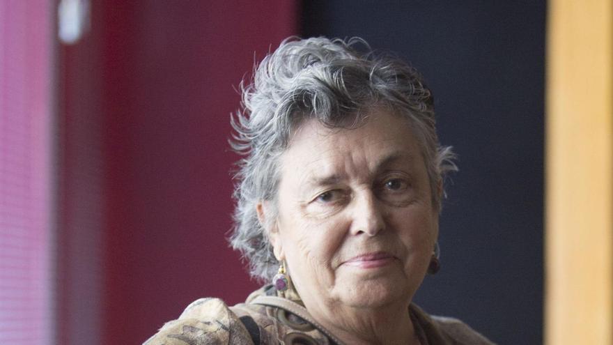 Las bibliotecas rinden homenaje a Carmen Ruiz Tilve