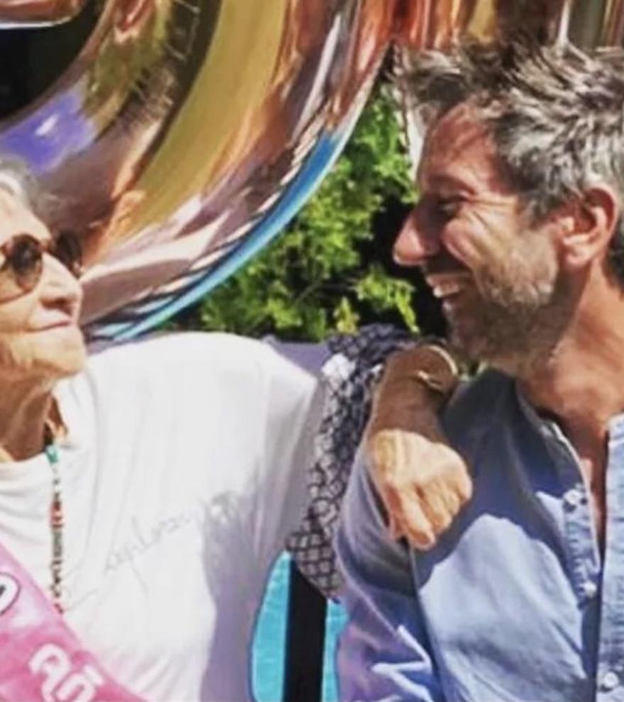 """El emotivo mensaje que le mandó el ex de David Valldeperas al director de Sálvame tras la muerte de su madre: """"Te quiero"""""""