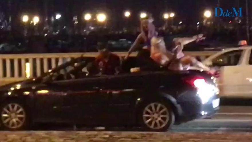 Während der Fahrt im Cabrio tanzen? Kostet 500 Euro auf Mallorca