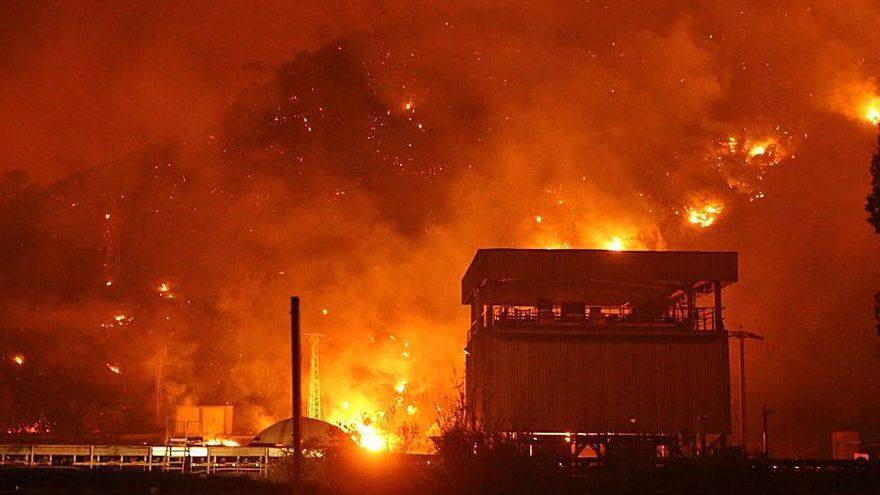 Grècia i Turquia lluiten contra rellotge per extingir els incendis