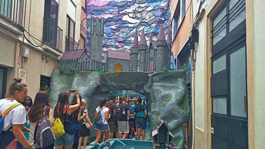 Festes de Gràcia El carrer Progrés s'endú el premi al millor guarniment