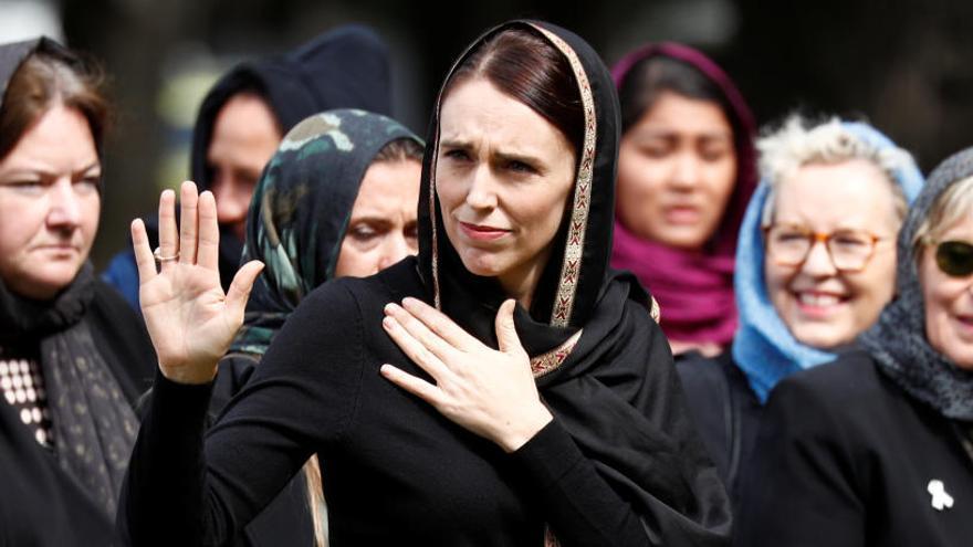 Las mujeres de Nueva Zelanda usan el velo en solidaridad con las musulmanas