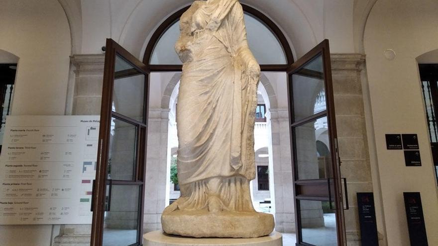 El enigma de la dama romana de la Aduana