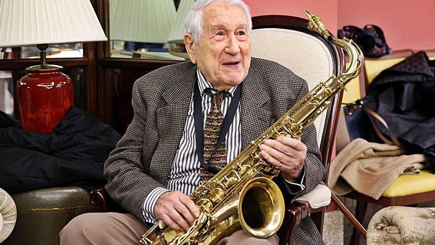 Adiós a Pedro Iturralde, el músico que impregnó el jazz de alma andaluza