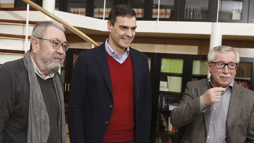 """UGT y CCOO ven """"sencillo"""" el acuerdo PSOE-Podemos"""