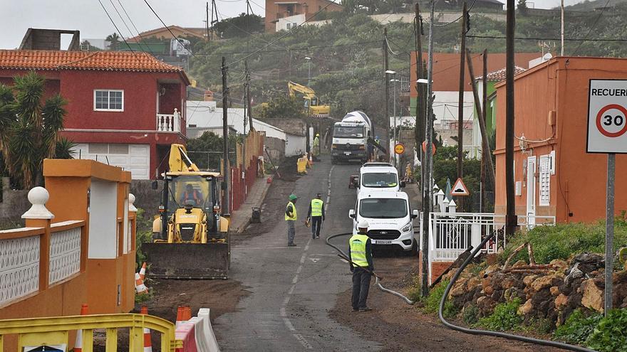 La nueva red de agua de Machado avanza con una inversión  de 420.000 euros