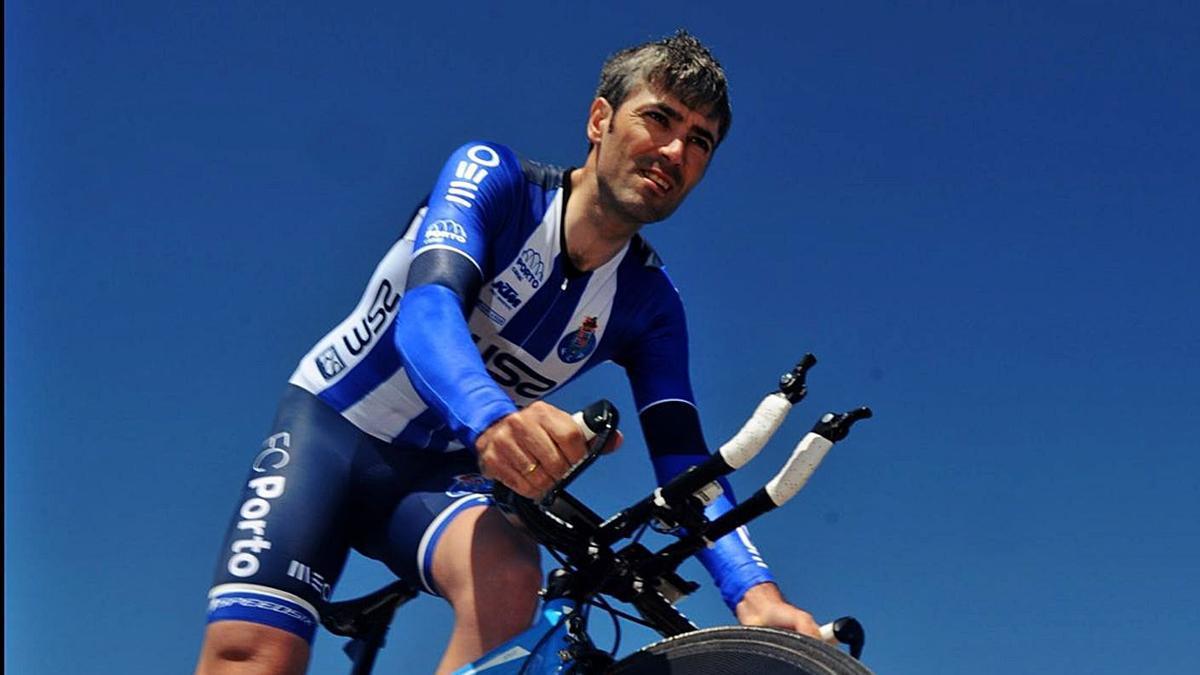 El vilagarciano concluirá su etapa con el maillot portista el próximo 31 de diciembre.    // I. ABELLA