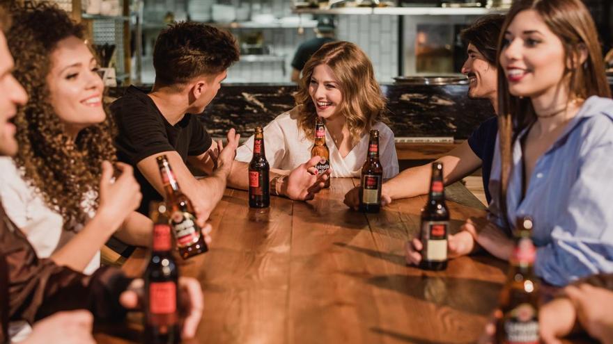 Las cervezas de Hijos de Rivera se comercializarán en los centros hosteleros de El Corte Inglés